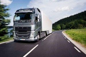 Улучшенная силовая линия Volvo Trucks повышает мощность при сокращении потребления топлива